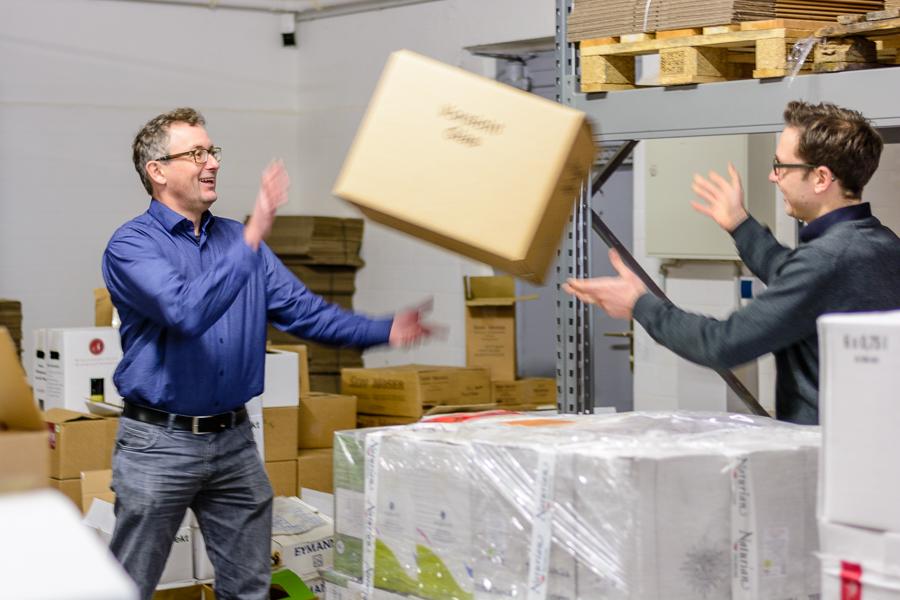 Schnelle Logistik und Freude an der Arbeit - Bioweinversand wie er sein soll